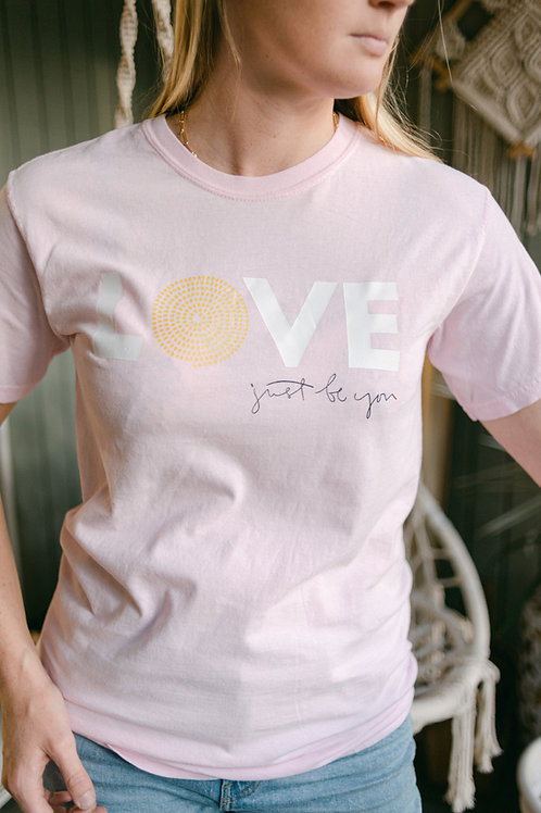 LOVE T-Shirt: Blossom Pink