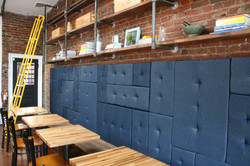 Photo :: Dining Banquette