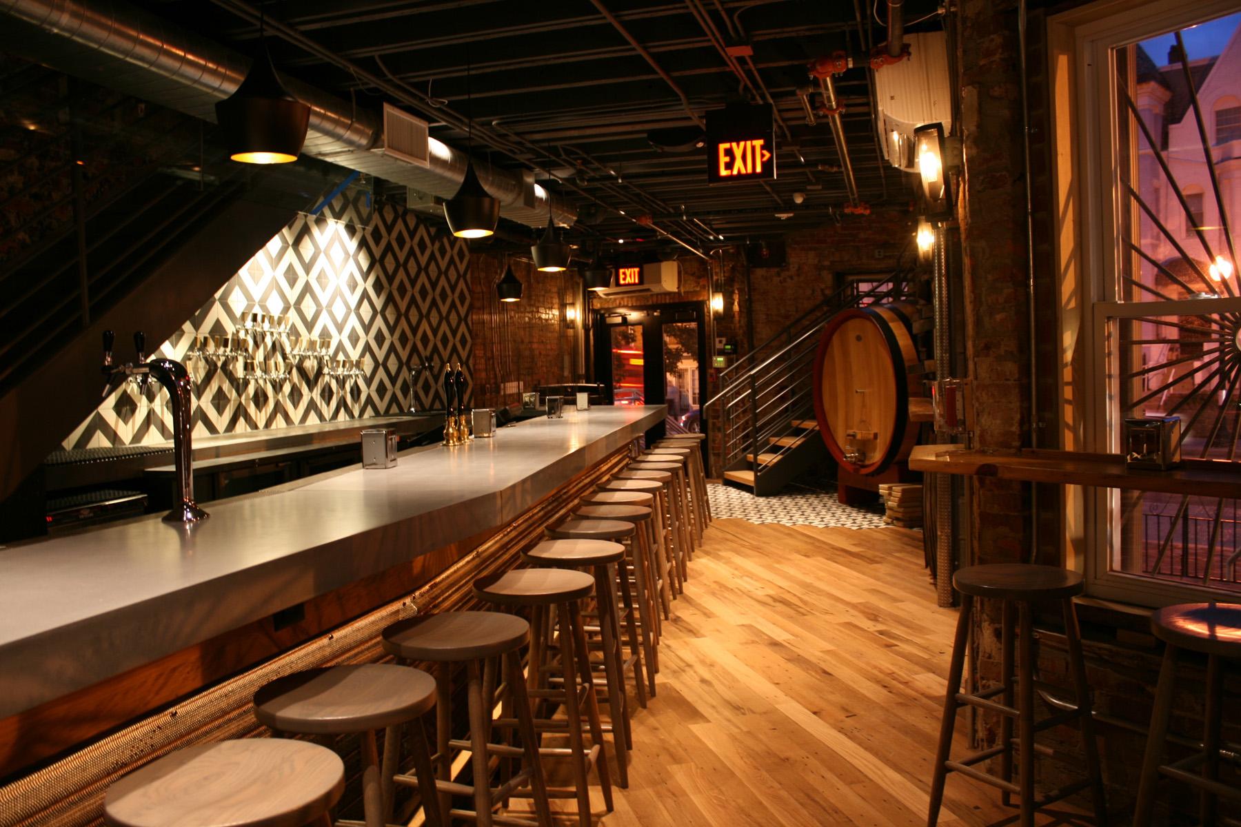 Photo :: First Floor Bar