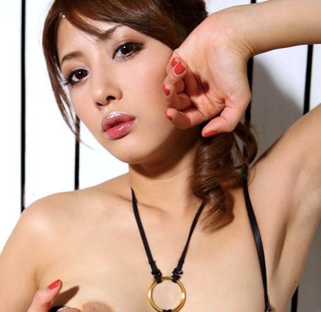 On the Go With Sexy Naruri
