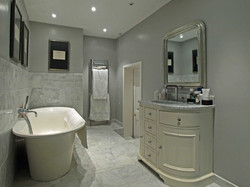 Georgian House - Full Marble Bath