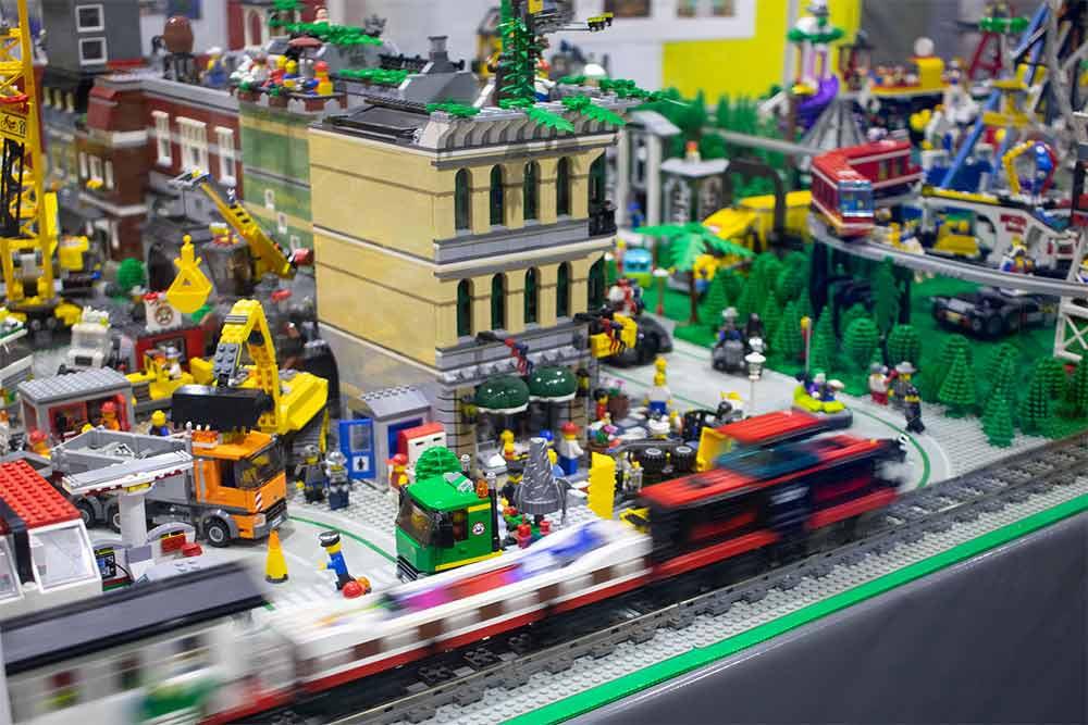 Lego-75k.jpg