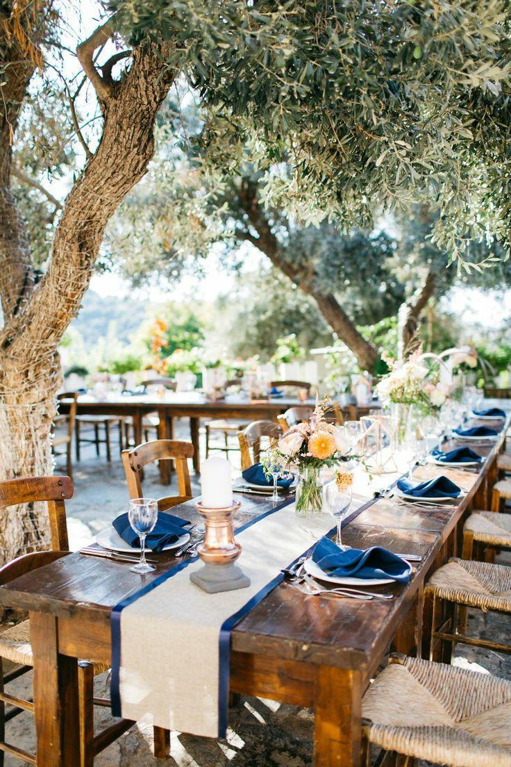 Cretan hospitality - Photo source Pinterest