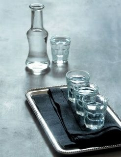 Raki, Cretan traditional drink - Photo source Pinterest