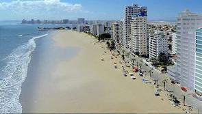 playa-de-chipipe-salinas-ecuador.jpeg