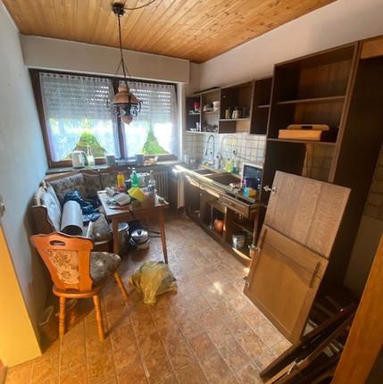 Küche vorher.jpg