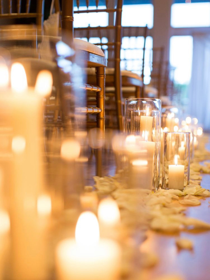 Candles and petals for aisle