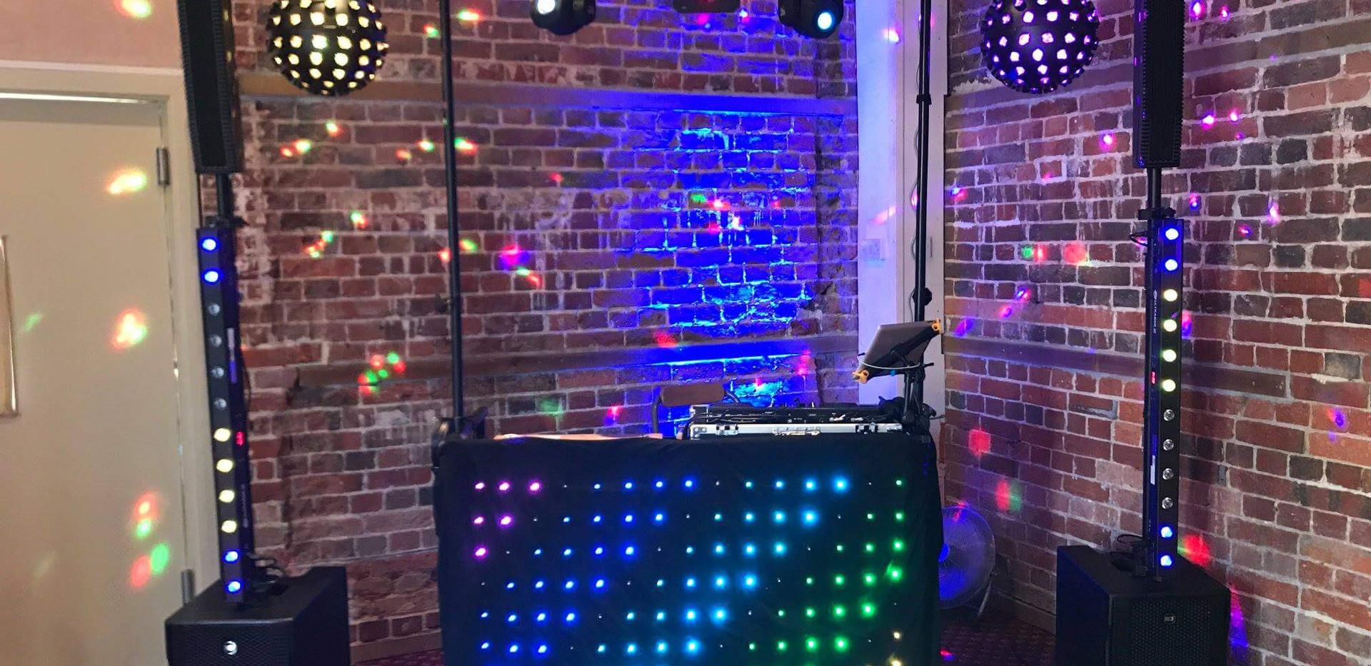 Pure Wedding Entertainment - Wedding DJ | Wedding Cars Dorset