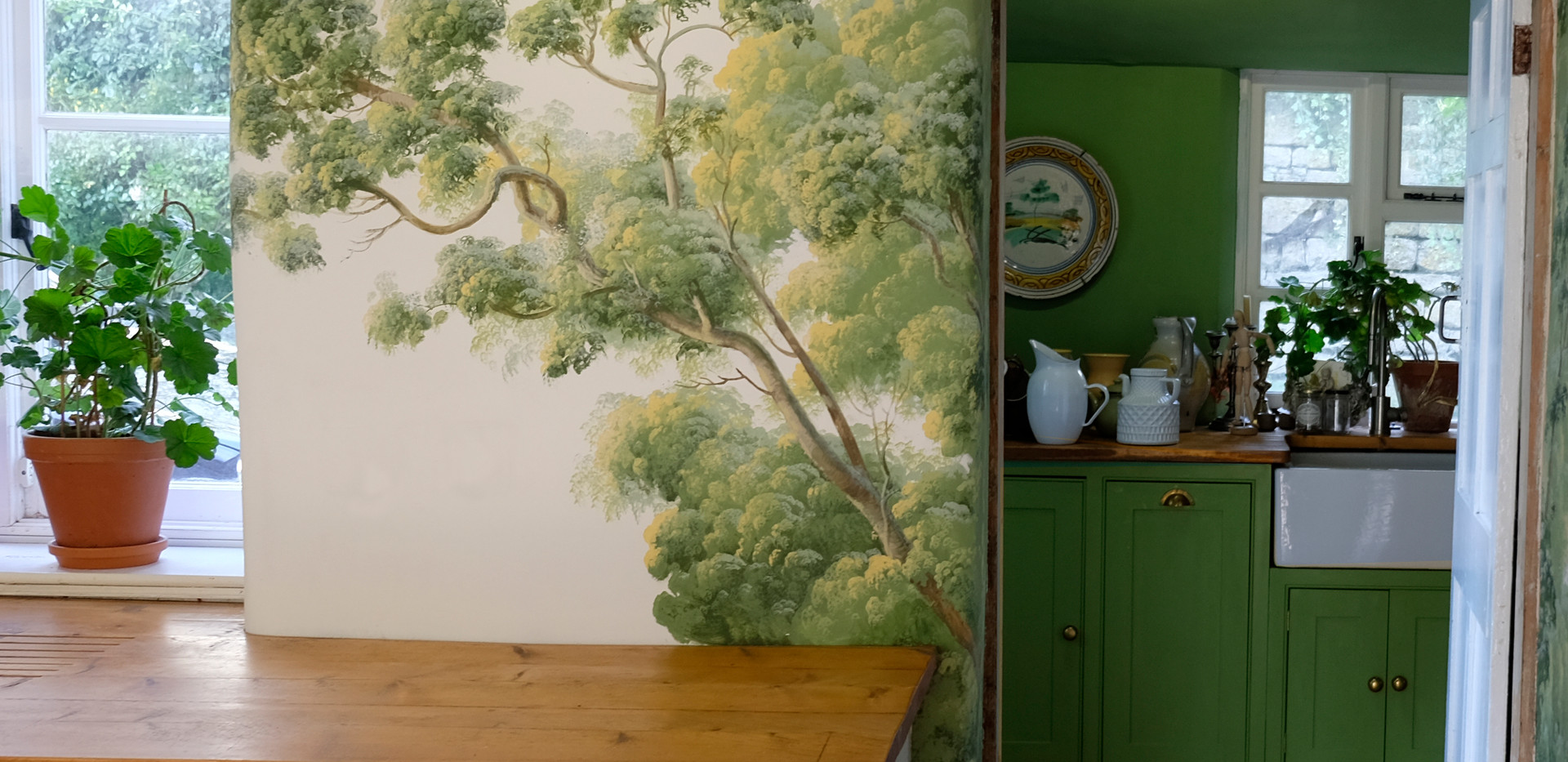 The precise green was taken from that of the rather retro feeling of the laundry room.