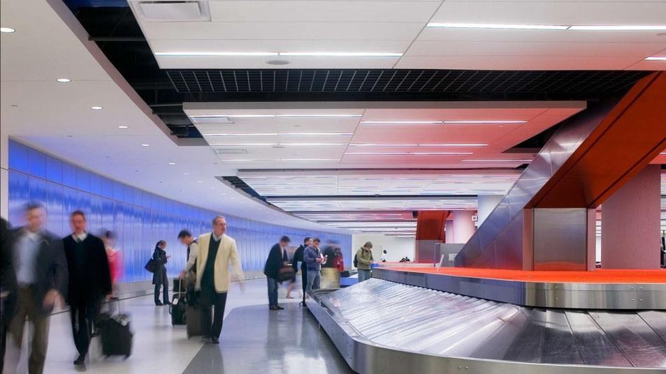 jet-blue-terminal-baggage-claim-1920x192