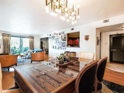 4-eclectic-luxurious-dining-room-interio