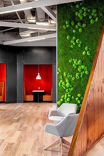 garden-on-the-wall-330-amenity-lounge-gu