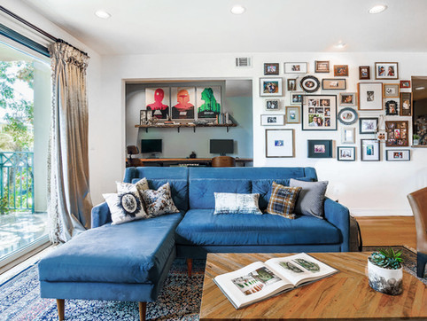 8-eclectic-luxurious-living-room-interio