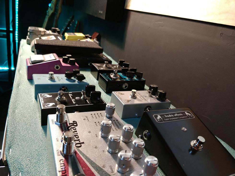 Recording Studio | Pedals | Westen Audio Recording Studio
