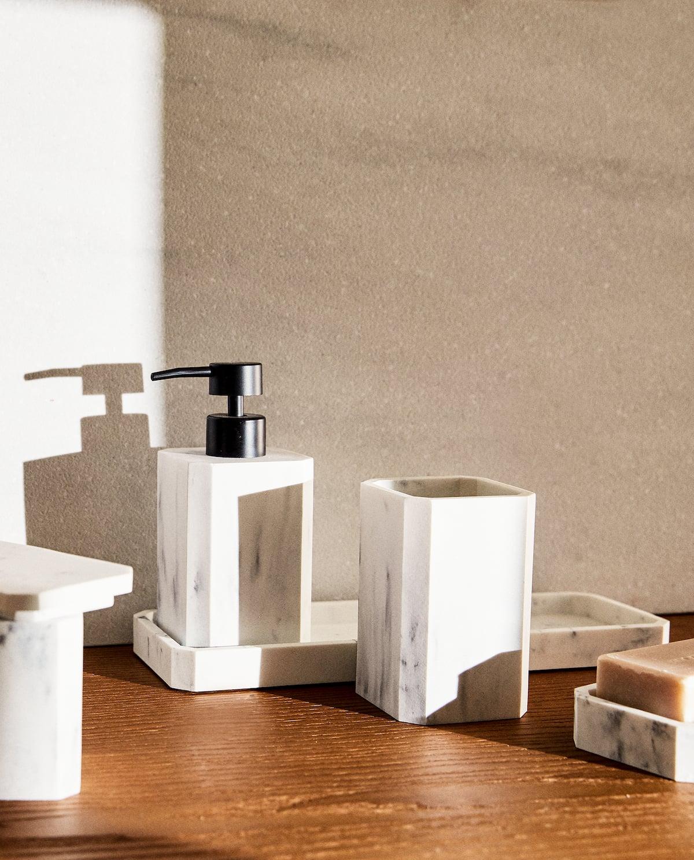 Set de baño efecto mármol