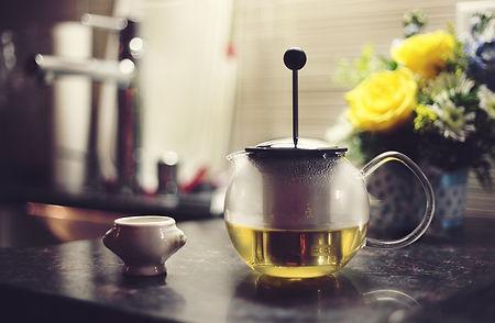 tea pot vee-o-226-unsplash.jpg
