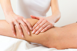 stockfresh_3549889_patient-at-the-physiotherapy---massage_sizeXS_592d0a