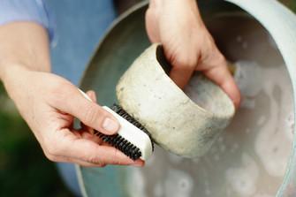 Cleaning Ceramic