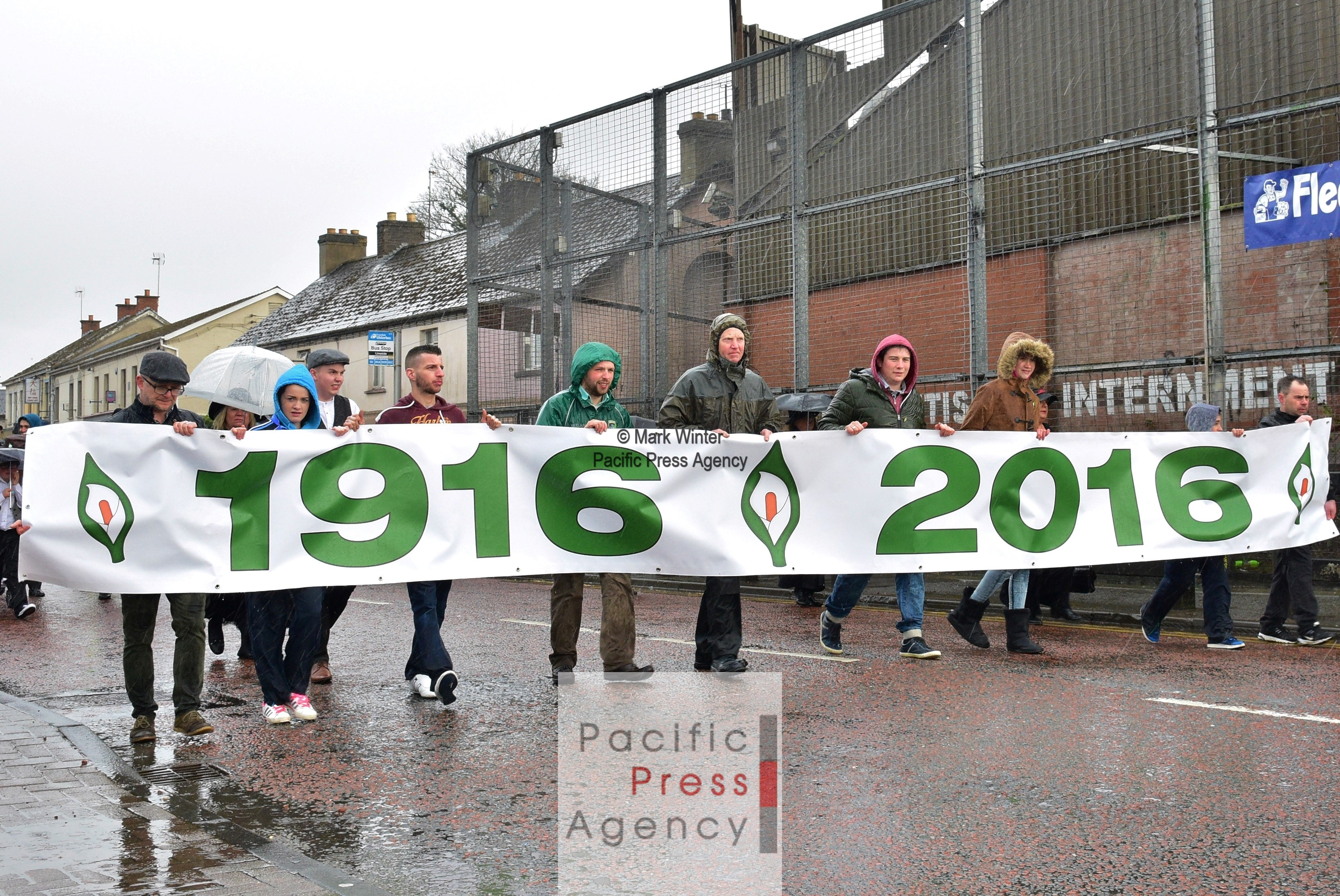 UK Coalisland County Tyrone Easter Rising Commemoration Parade 26th March 2016 Mark Winter Alamy Liv