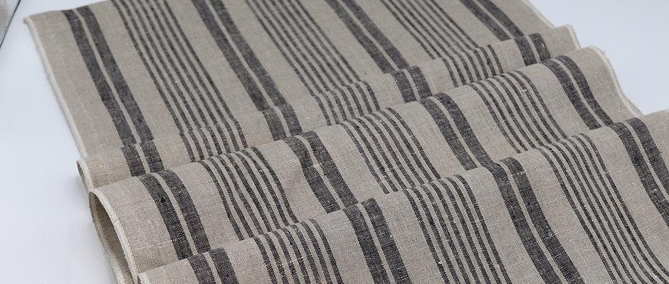 Chemin de table en lin à rayures modernes noires