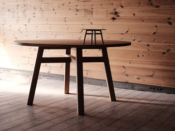 """dining table Ø1300"""