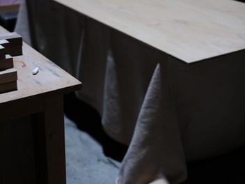 ノックダウン式のテーブル。