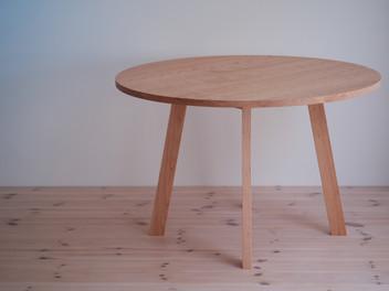 ダイニングテーブルへの想い。