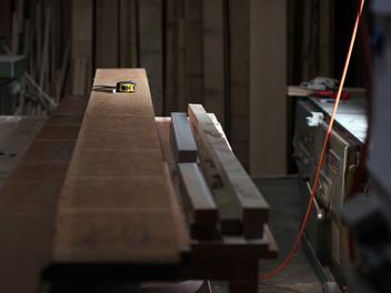 新たな製作の木取り。