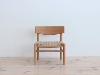 「こどもの椅子」