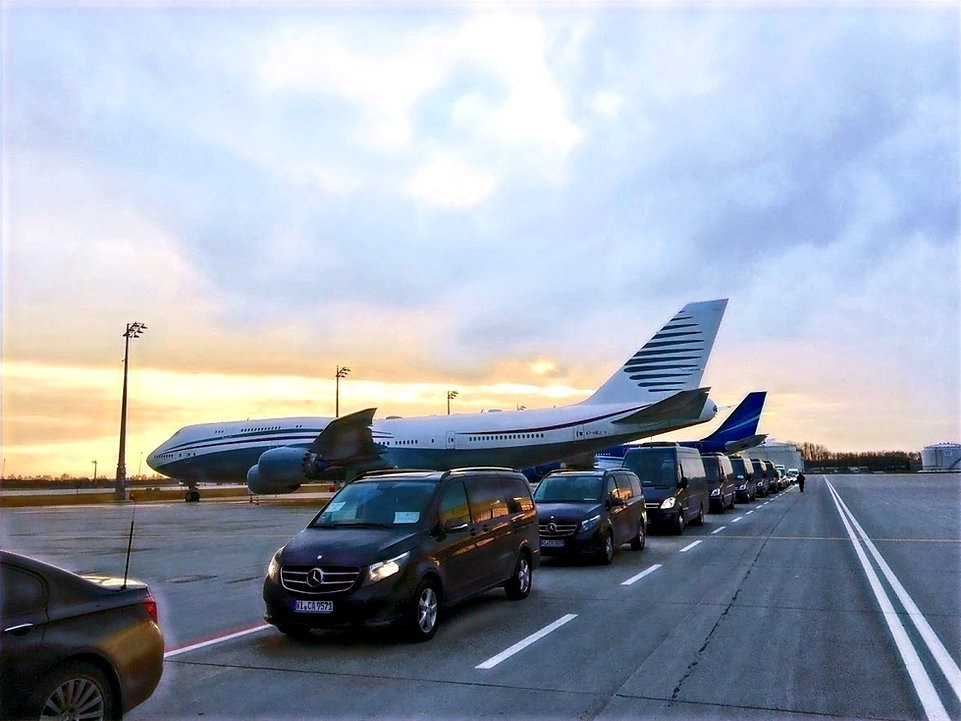 Konsulate, Botschaften, Geschäftskongresse und Konferenz, Limousinen und Chauffer Frankfurt, München, Berlin, Bonn, Wiesbaden, Shuttle, Transfer
