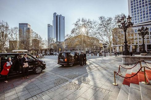 Chauffeur Limousinenservice WEF MSC Shuttle Event Transfer