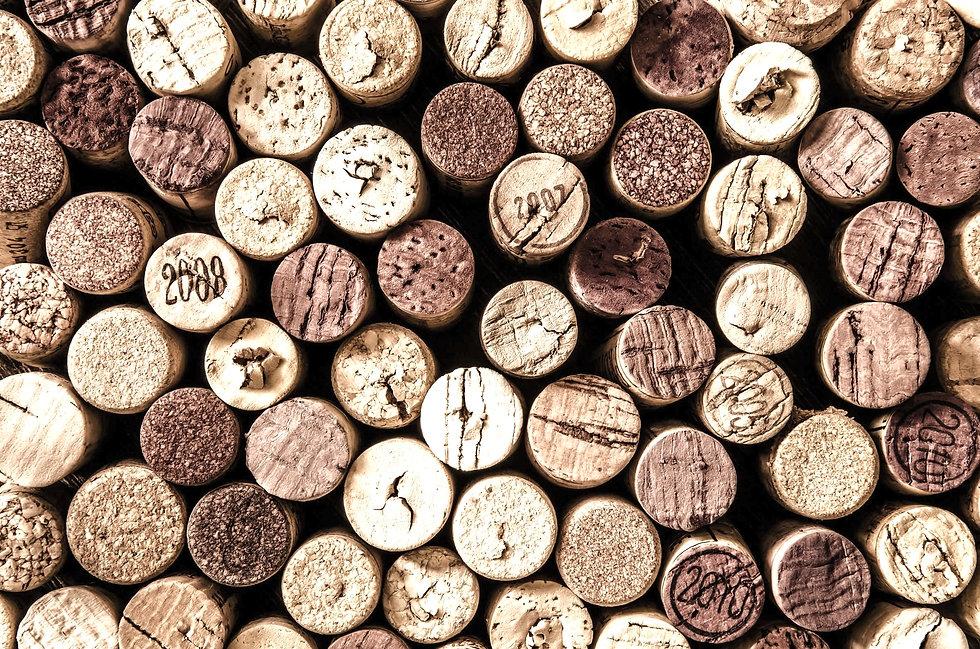 detail-of-wine-corks-in-color-vintage-st