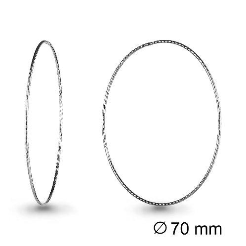 Серебряные серьги-кольца.