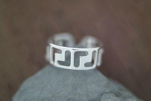 Серебряное кольцо на фалангу.