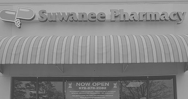 Suwanee%2520Pharmacy%2520Drive%2520Thru_