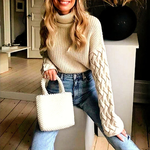 Shari Elegant Turtleneck Knitted Sweater