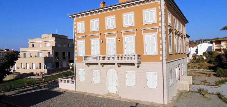 Apaprtamenti di lusso Complesso Villa Pendola Livorno (2).JPG