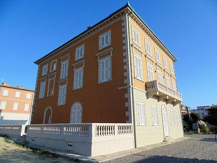 Apaprtamenti di lusso Complesso Villa Pendola Livorno.JPG