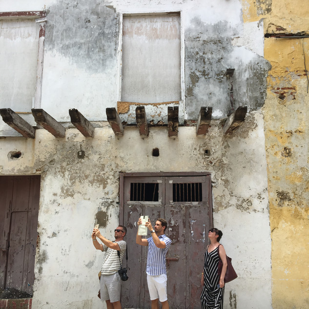 Cartagena tourists.jpg
