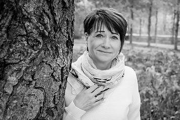 Ulla-207-2 face.jpg