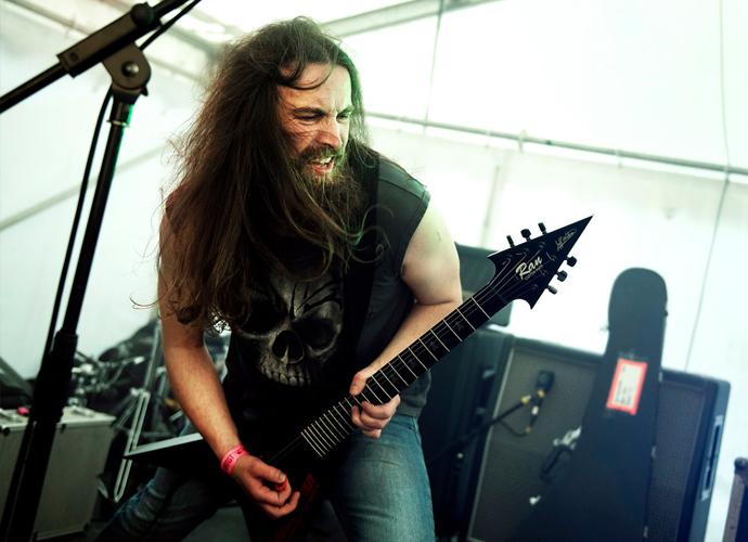 Dan - Guitar