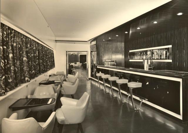 AUGUSTUS First Class Bar,