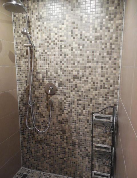 Gemauerte Dusche