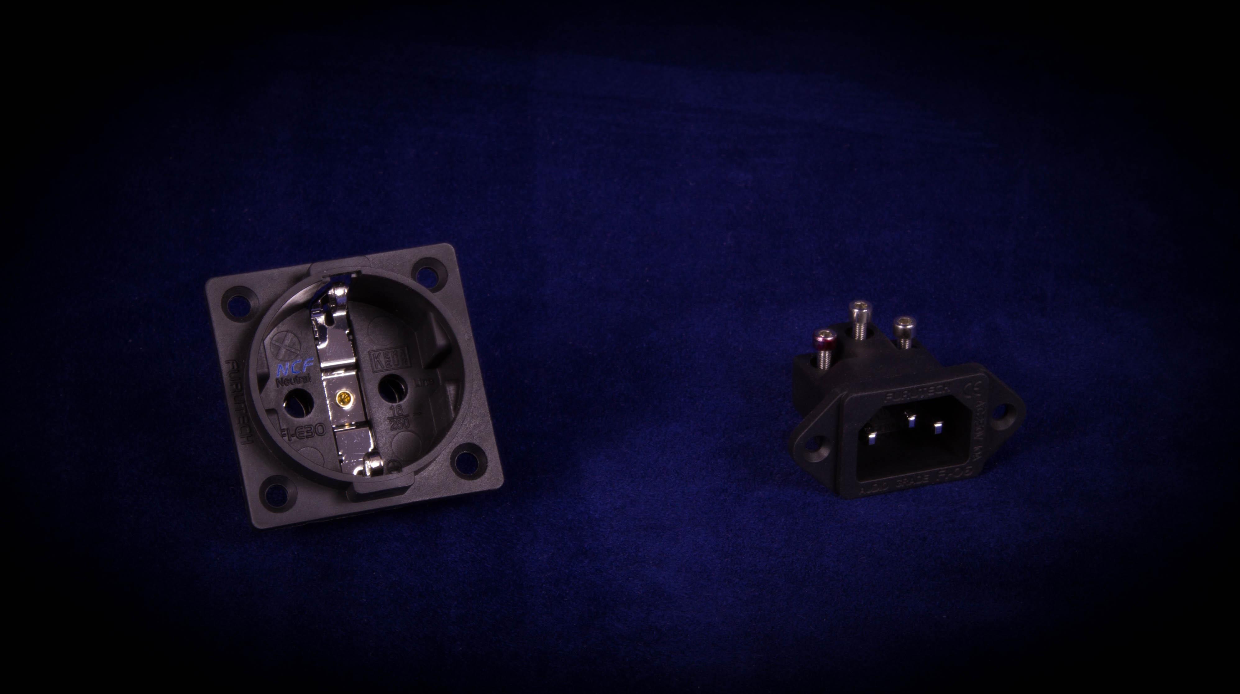 Prise schuko et IEC Furutech  Cu/Rh