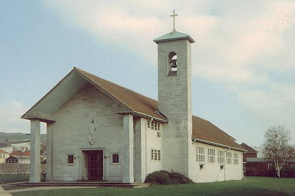 chapel90_1.jpg