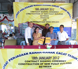 Construction Contract Signing