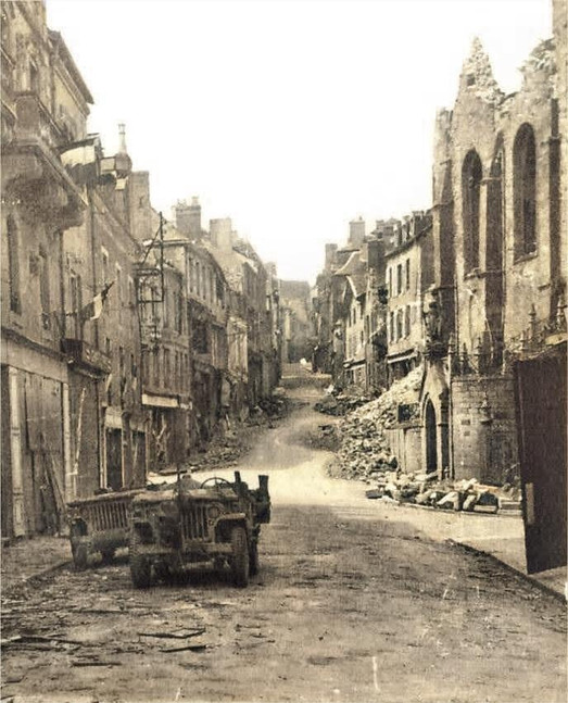 Ville Mayenne August 1944