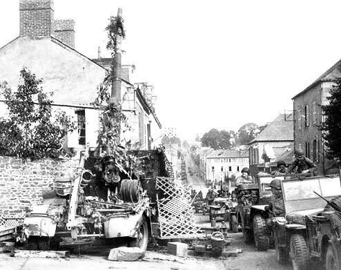 Ville Mayenne German 88mm gun defending the Mayenne Bridge