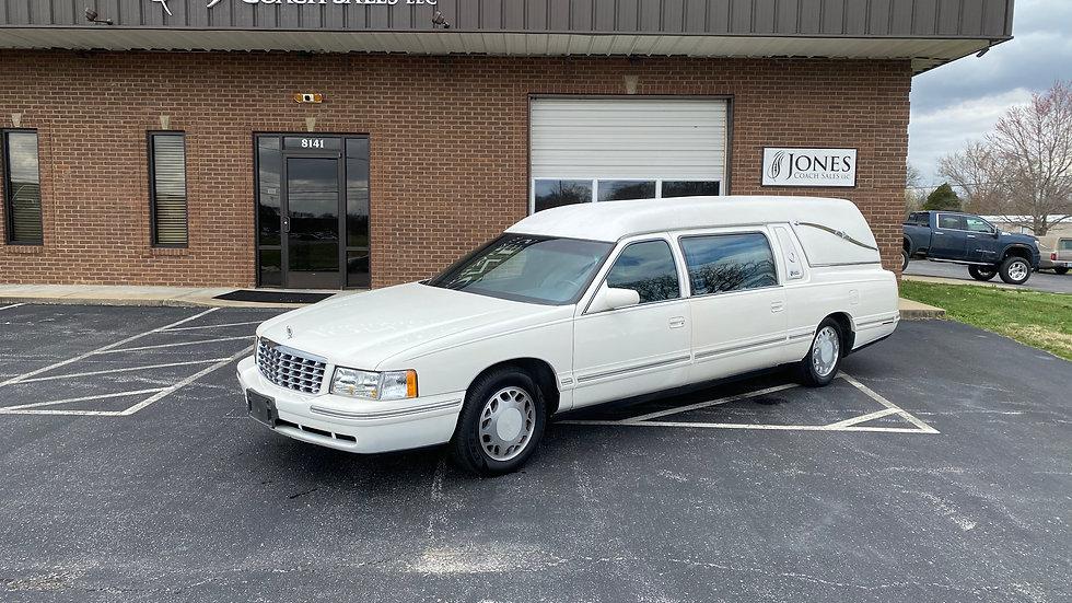 1999 Cadillac Superior