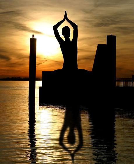 meditation-338446.jpg